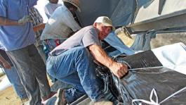 grain-bag-work-farmer[1]